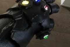 Avengers Endgame trailer remake preparazione costumi e effetti speciali guanto infinito (8)